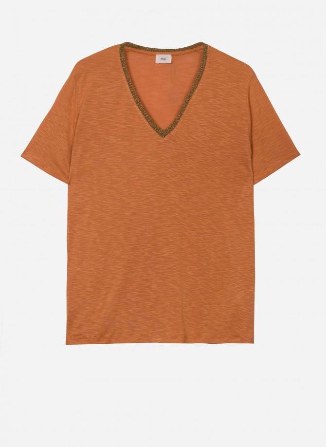V-neck T-shirt  TONIGHT