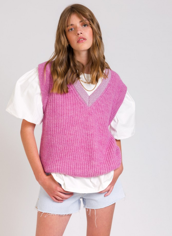 LEGALATE Sleeveless Sweater