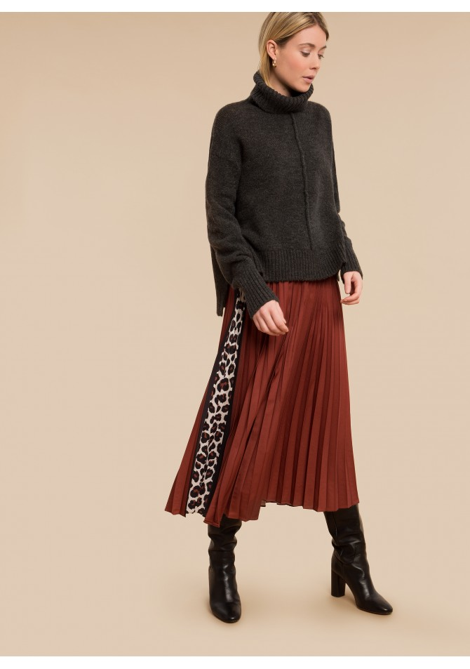 JUNE - Pleated midi skirt with animal print details